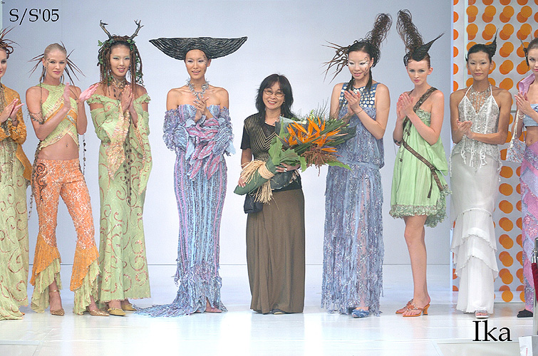 Ika Butoni fashion - Modern Mystique