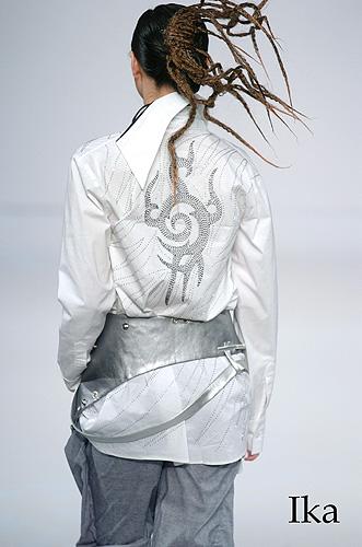 Ika Butoni - Modern Mystique